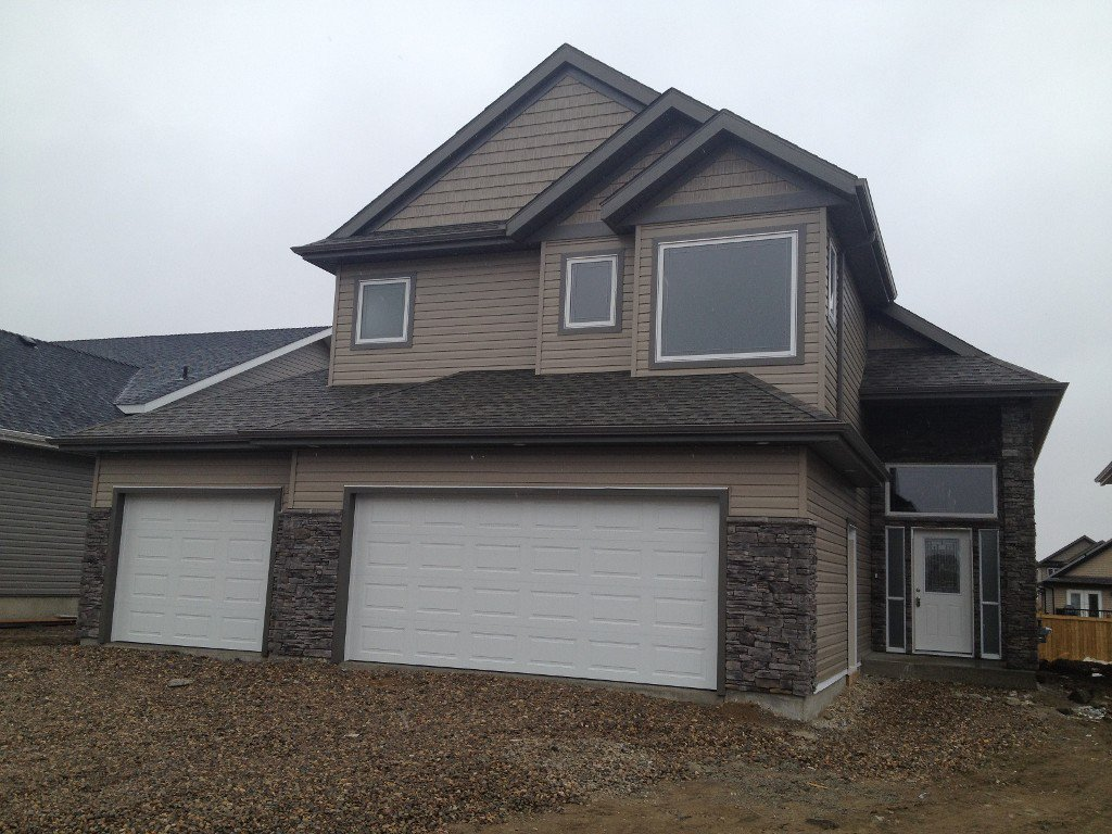Main Photo: 1605 55TH AVENUE in Lloydminster West: Residential Detached for sale (Lloydminster AB)  : MLS®# 46350