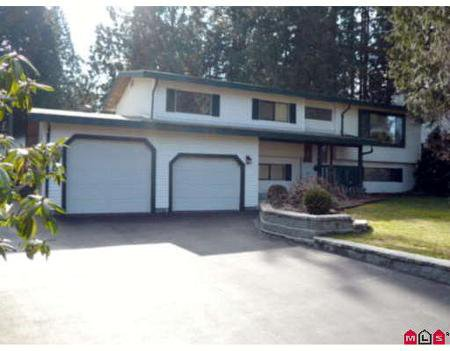 Main Photo: 20220 43A AV in Langley: House for sale (Canada)  : MLS®# F2805676