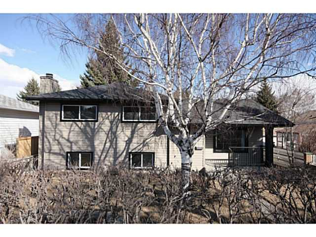Main Photo: 6008 4 Street NW in CALGARY: Thorncliffe Residential Detached Single Family for sale (Calgary)  : MLS®# C3547464