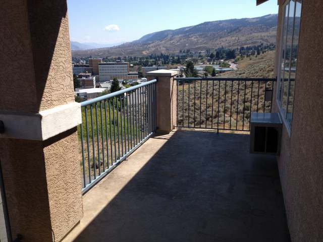 Photo 13: Photos: 408 875 SAHALI TERRACE in : Sahali Townhouse for sale (Kamloops)  : MLS®# 118202