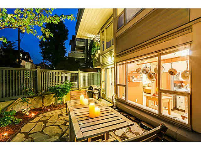 """Main Photo: 108 876 W 14TH Avenue in Vancouver: Fairview VW Condo for sale in """"WINDGATE LAUREL"""" (Vancouver West)  : MLS®# V1079945"""