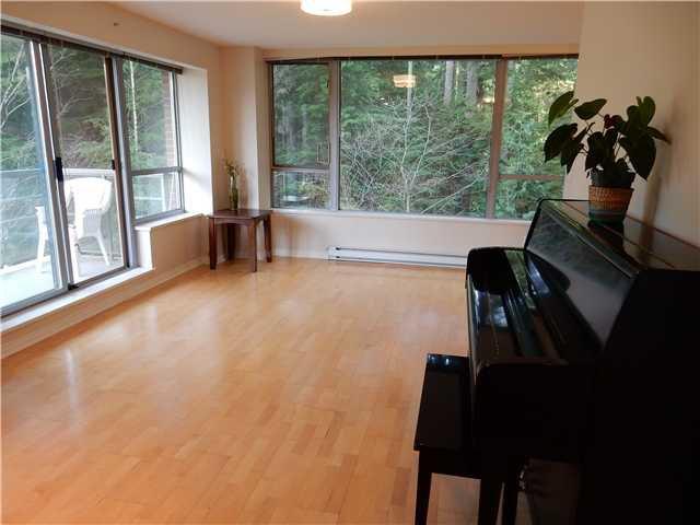 Photo 3: Photos: 303 5639 Hampton Place in Vancouver: University VW Condo  (Vancouver West)  : MLS®# V1108614