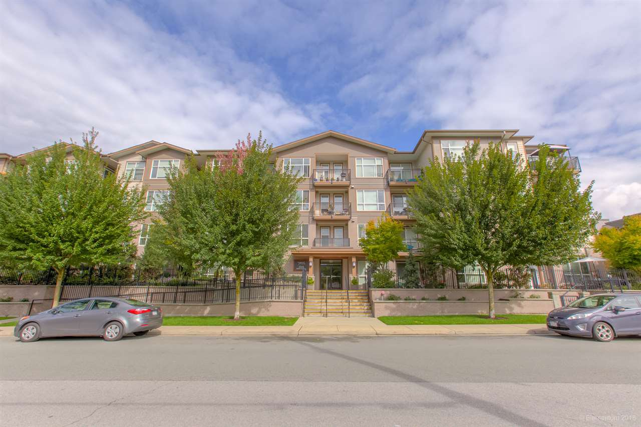 Main Photo: 316 2343 ATKINS AVENUE in Port Coquitlam: Central Pt Coquitlam Condo for sale : MLS®# R2305350