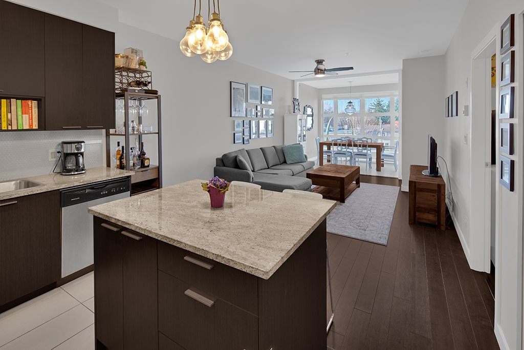 Main Photo: 305 707 E 20TH AVENUE in Vancouver: Fraser VE Condo for sale (Vancouver East)  : MLS®# R2438393