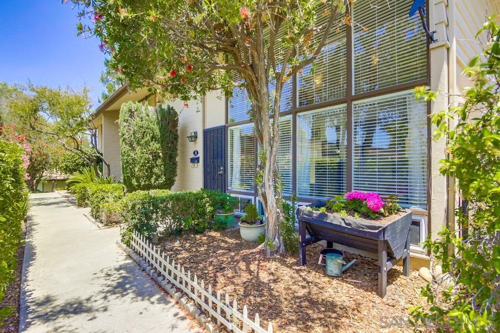 Main Photo: LA MESA Townhouse for sale : 2 bedrooms : 5750 Amaya  Dr #22