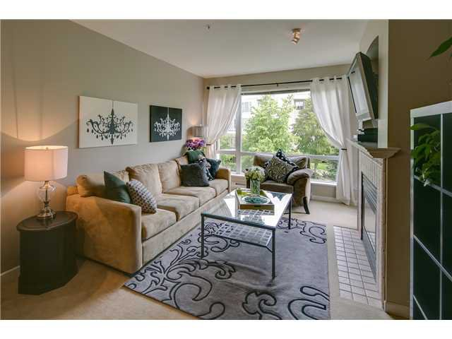 """Main Photo: 412 3629 DEERCREST Drive in North Vancouver: Roche Point Condo for sale in """"RAVENWOODS - DEERFIELD BY THE SEA"""" : MLS®# V952130"""