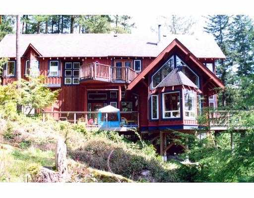 Main Photo: 1384 FERNIE Road: Bowen Island House for sale : MLS®# V588097
