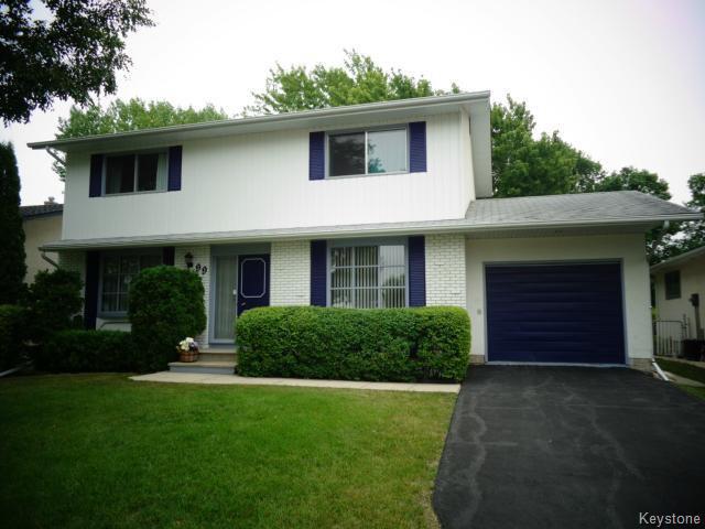 Main Photo: 99 UPLANDS Crescent in WINNIPEG: Westwood / Crestview Residential for sale (West Winnipeg)  : MLS®# 1420377