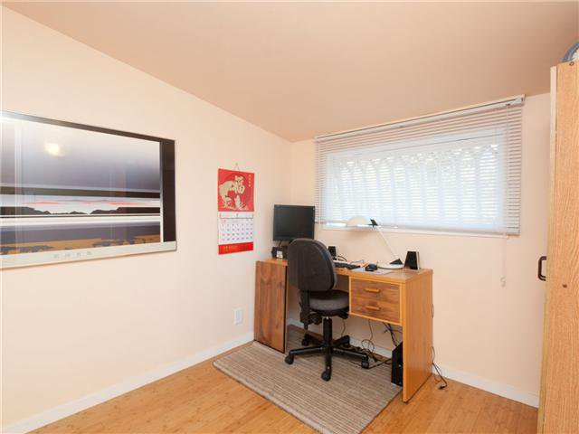 Photo 6: Photos: 1681 Columbia Street in North Vancouver: Lynnmour Condo for sale