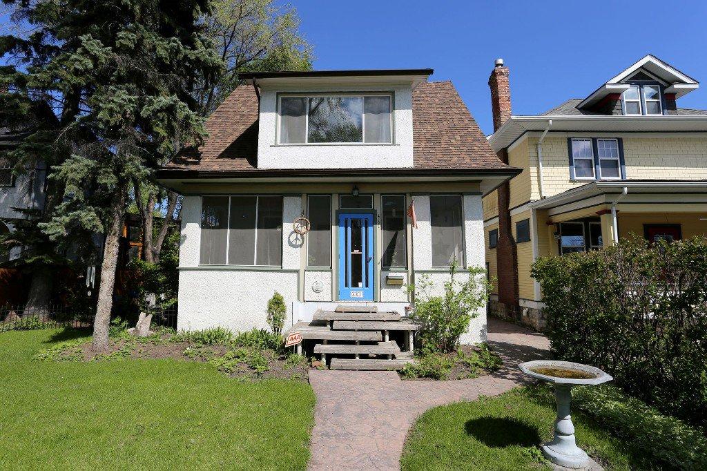 Photo 1: Photos: 481 Raglan Road in Winnipeg: WOLSELEY Single Family Detached for sale (West Winnipeg)  : MLS®# 1515021