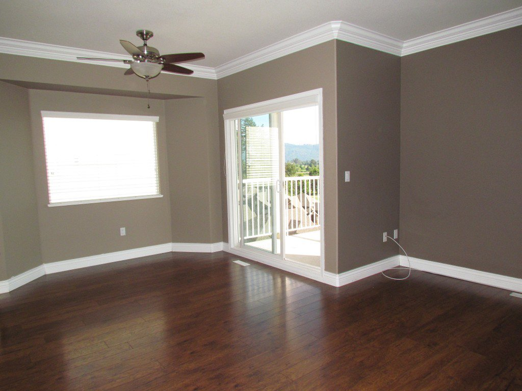 Photo 5: Photos: Upper 35588 Dina Pl. in Abbotsford: Abbotsford East House for rent