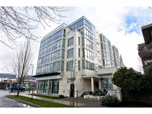 Main Photo: #307 - 1808 W. 3rd Ave, in Vancouver: Kitsilano Condo for sale (Vancouver West)  : MLS®# V979721