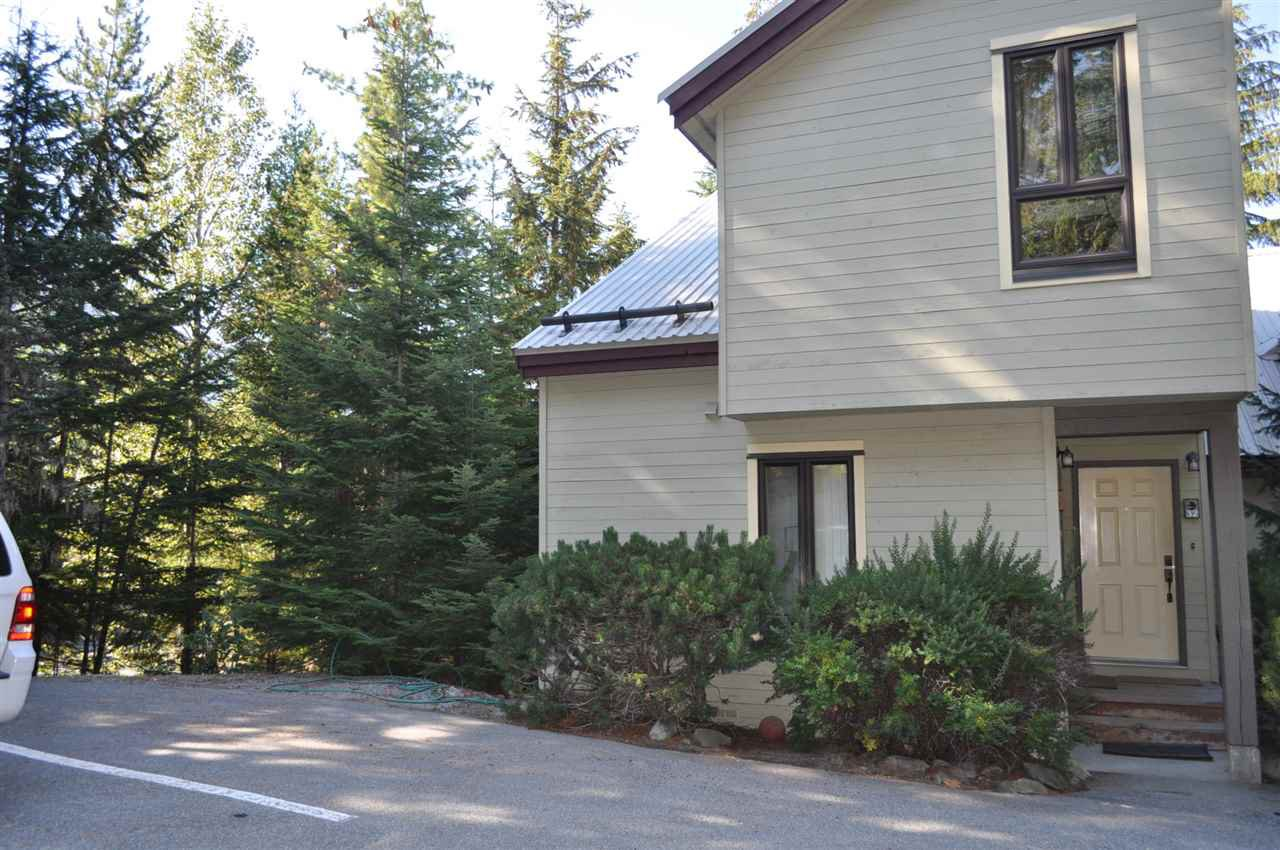 Main Photo: 32 6125 EAGLE DRIVE in Whistler: Whistler Cay Heights Townhouse for sale : MLS®# R2341108