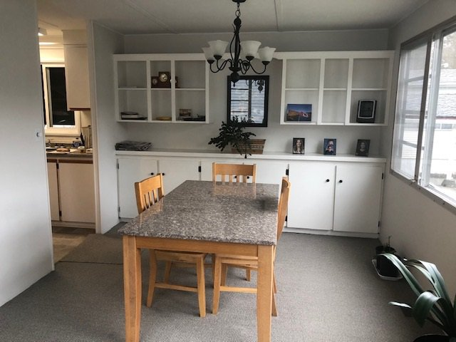 "Photo 8: Photos: 23 12868 229 Street in Maple Ridge: East Central Manufactured Home for sale in ""ALOUETTE MOBILE HOME PARK"" : MLS®# R2436830"