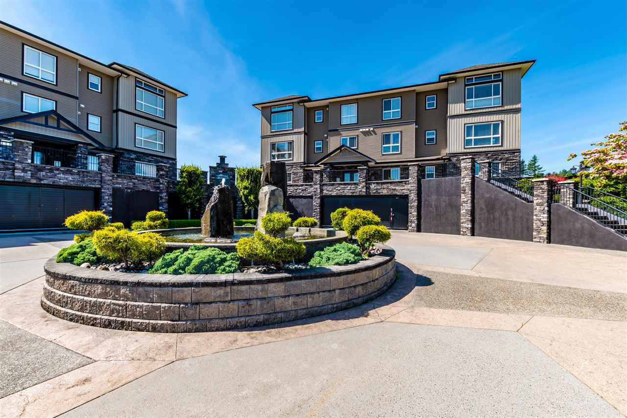 "Main Photo: B208 33755 7TH Avenue in Mission: Mission BC Condo for sale in ""THE MEWS"" : MLS®# R2479638"