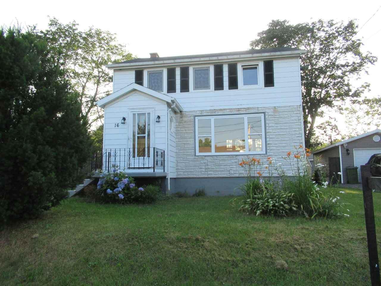Main Photo: 16 Moulton Avenue in North Sydney: 205-North Sydney Residential for sale (Cape Breton)  : MLS®# 202014549