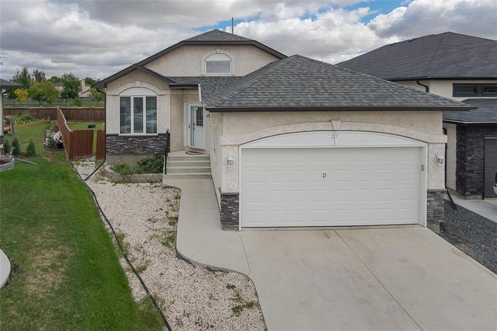 Main Photo: 27 Switch Grass Cove in Winnipeg: South Pointe Residential for sale (1R)  : MLS®# 202022891