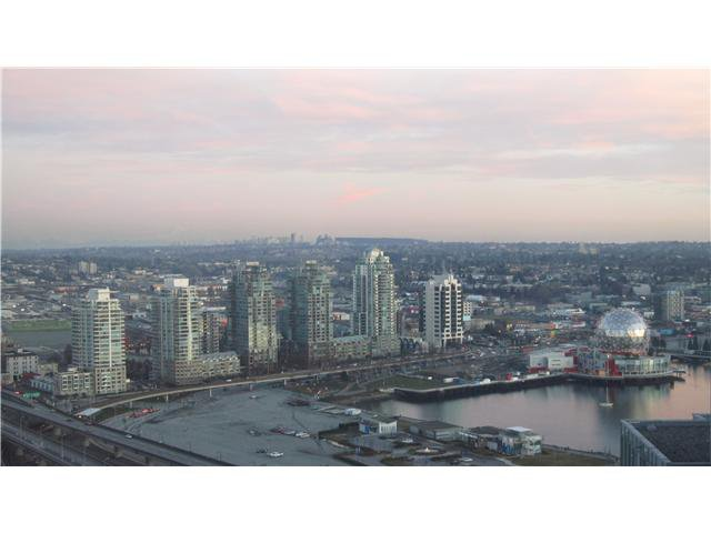 """Main Photo: 3301 602 CITADEL PARADE in Vancouver: Downtown VW Condo for sale in """"SPECTRUM 4"""" (Vancouver West)  : MLS®# V930449"""