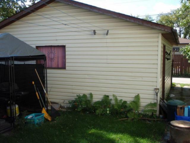 Photo 7: Photos:  in WINNIPEG: East Kildonan Residential for sale (North East Winnipeg)  : MLS®# 1223668