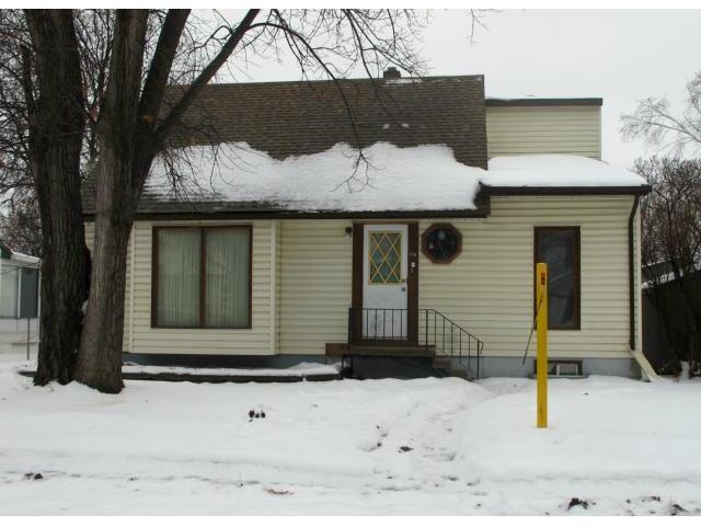 Photo 1: Photos:  in WINNIPEG: East Kildonan Residential for sale (North East Winnipeg)  : MLS®# 1223668