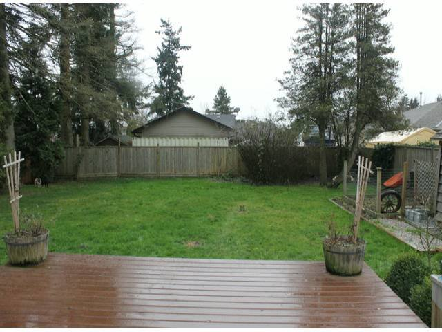 Photo 9: Photos: 17400 58A AV in Surrey: Cloverdale BC House for sale (Cloverdale)  : MLS®# F1304444