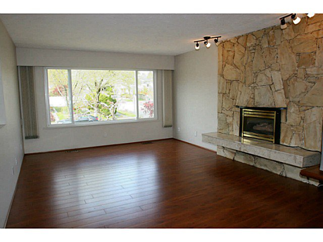 Photo 9: Photos: 3120 E 62ND AV in Vancouver: Champlain Heights House for sale (Vancouver East)  : MLS®# V1061836