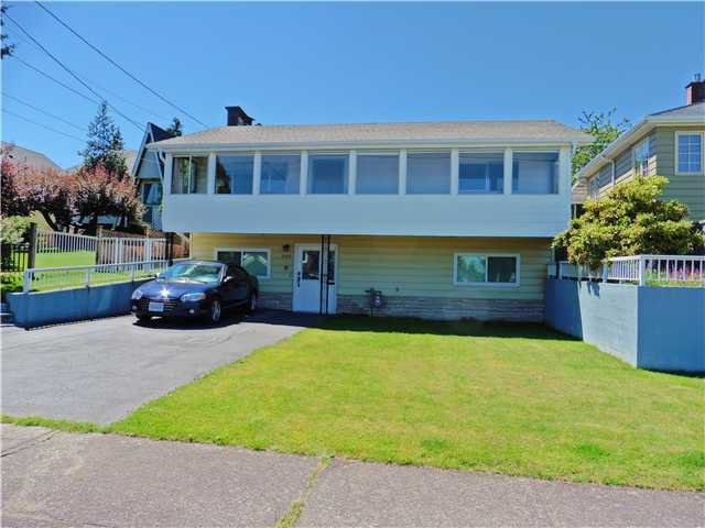 Photo 1: Photos: 507 AMESS Street in New Westminster: The Heights NW House for sale : MLS®# V1074508