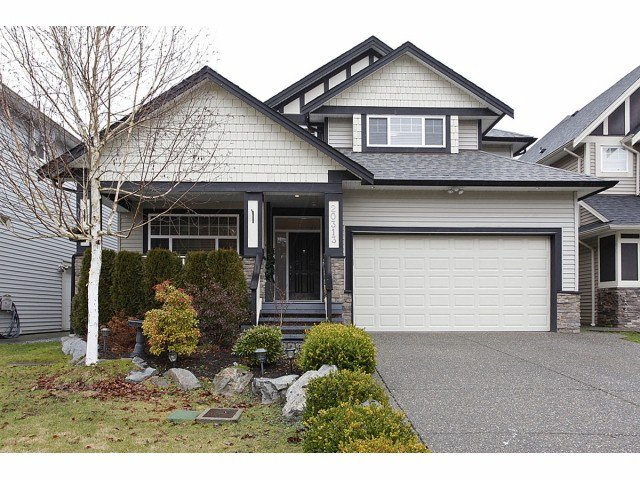 Main Photo: 20313 98A in Langley: Walnut Grove House for sale : MLS®# f1402367