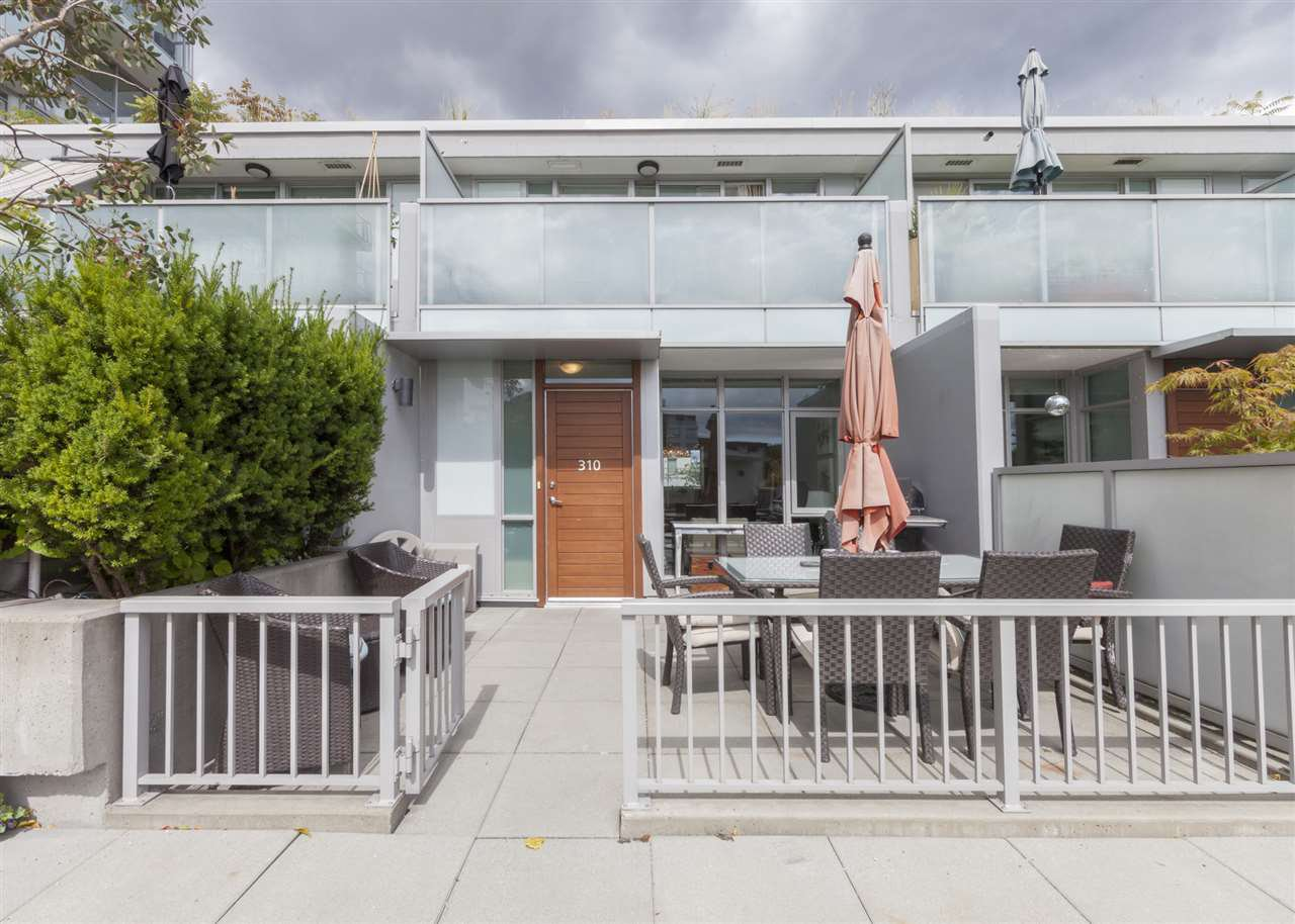 Main Photo: 310 2770 SOPHIA STREET in Vancouver: Mount Pleasant VE Townhouse for sale (Vancouver East)  : MLS®# R2122223