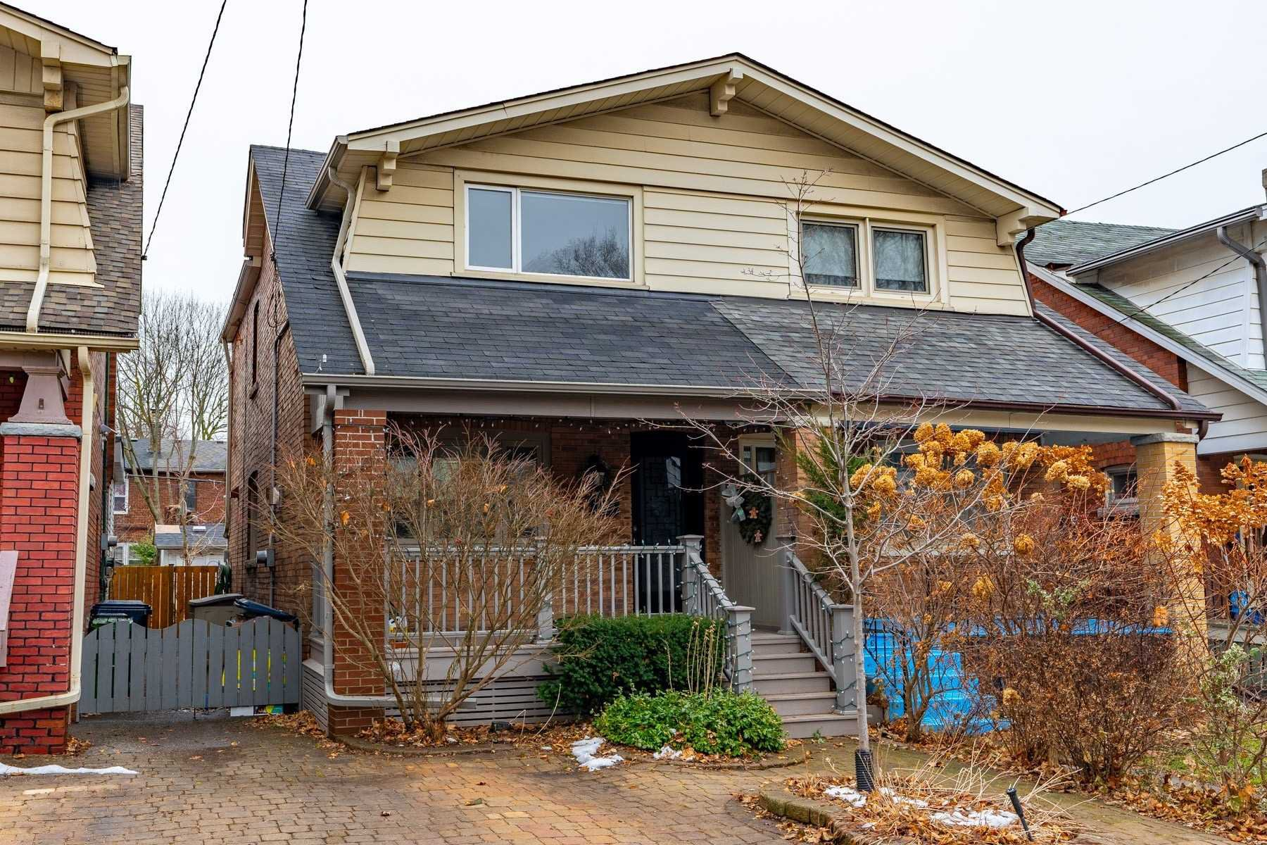 Main Photo: 67 Orchard Park Boulevard in Toronto: Woodbine Corridor House (2-Storey) for lease (Toronto E02)  : MLS®# E4691553