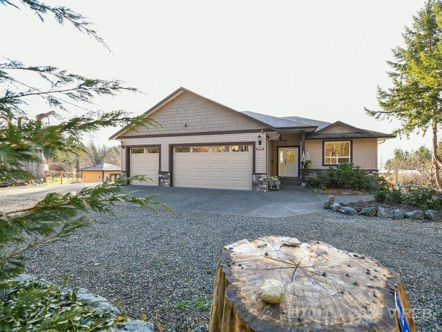 Main Photo: 2935 Lupton Rd in COURTENAY: CV Courtenay East Single Family Detached for sale (Comox Valley)  : MLS®# 836008