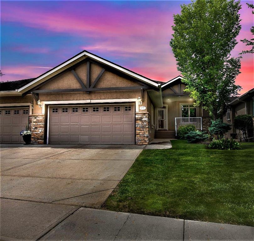 Main Photo: 67 DISCOVERY WOODS Villas SW in Calgary: Discovery Ridge Duplex for sale : MLS®# A1015437