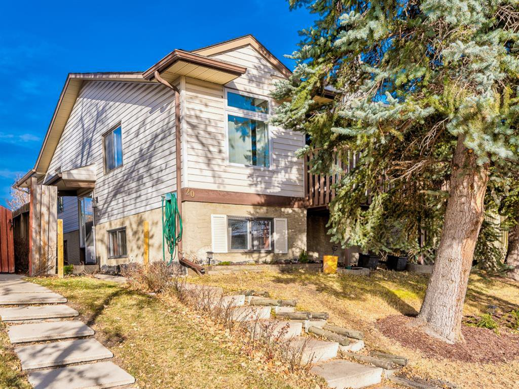 Main Photo: 20 Rivervalley Drive SE in Calgary: Riverbend Detached for sale : MLS®# A1047366