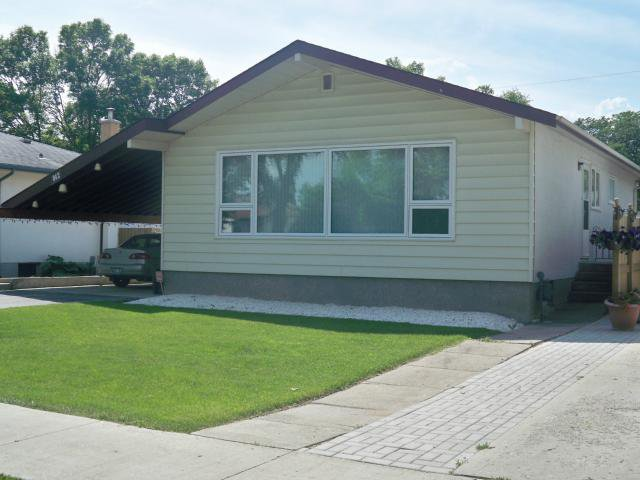 Main Photo: 842 Parkhill Street in WINNIPEG: Westwood / Crestview Residential for sale (West Winnipeg)  : MLS®# 1211988