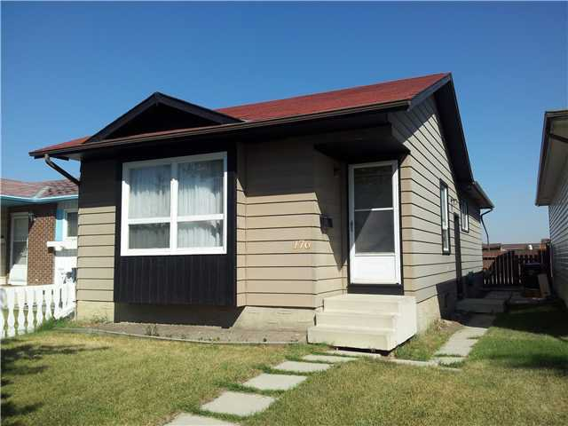 Main Photo: 176 WHITEFIELD Drive NE in CALGARY: Whitehorn Residential Detached Single Family for sale (Calgary)  : MLS®# C3554963