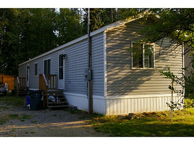 """Main Photo: 6827 HELM Drive in Prince George: Emerald Manufactured Home for sale in """"EMERALD"""" (PG City North (Zone 73))  : MLS®# N238791"""