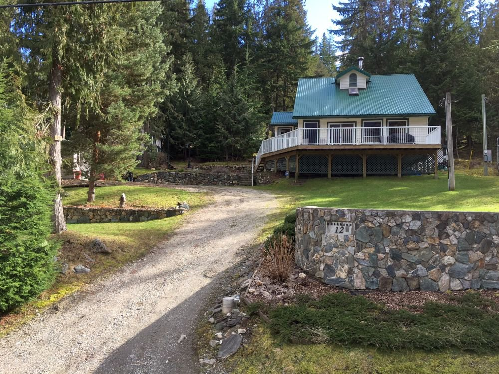 Main Photo: 12 6300 Armstrong Road in Eagle Bay: Wild Rose Bay Estates House for sale : MLS®# 10113286