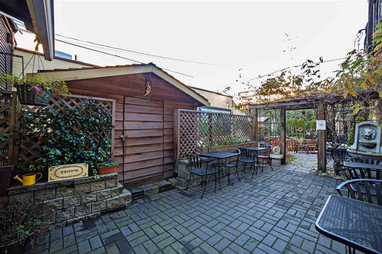 Photo 13: Photos: 33057 1ST AVENUE in Mission: Mission BC Business with Property for sale : MLS®# C8016181
