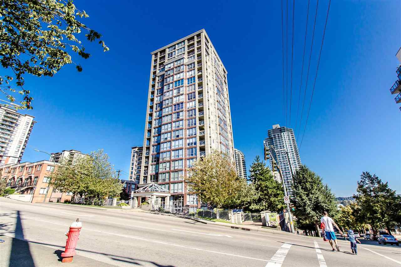 """Main Photo: 404 850 ROYAL Avenue in New Westminster: Downtown NW Condo for sale in """"The Royalton"""" : MLS®# R2400231"""
