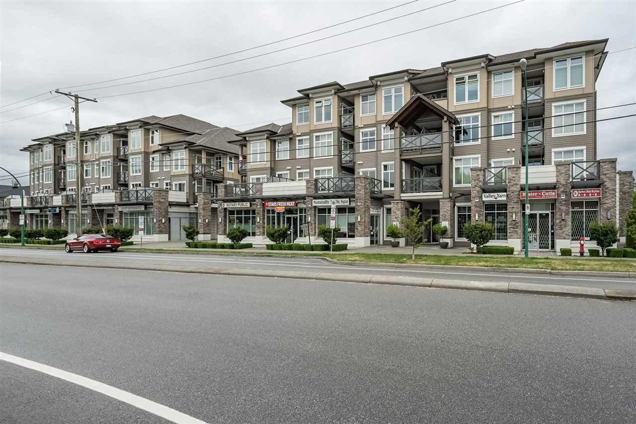 Main Photo: 451 6758 188 STREET in Surrey: Clayton Condo for sale (Cloverdale)  : MLS®# R2408833