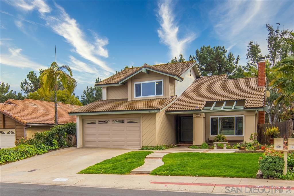 Main Photo: RANCHO SAN DIEGO House for sale : 3 bedrooms : 10477 Pine Grove St in Spring Valley
