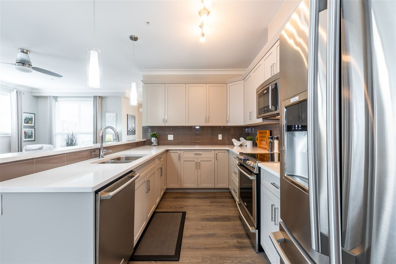 """Photo 4: Photos: 206 45630 SPADINA Avenue in Chilliwack: Chilliwack W Young-Well Condo for sale in """"The Boulevard"""" : MLS®# R2489211"""