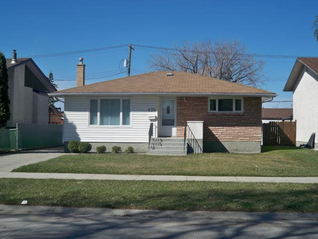 Main Photo: 630 Parkhill Street in WINNIPEG: Westwood / Crestview Residential for sale (West Winnipeg)  : MLS®# 1206011