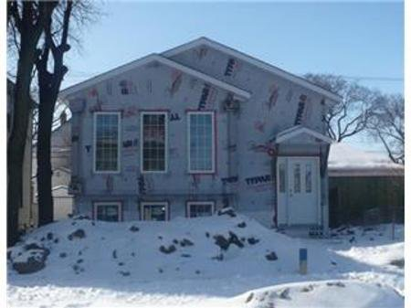 Main Photo: 490 College Avenue in Winnipeg: Residential for sale (Canada)  : MLS®# 1203823