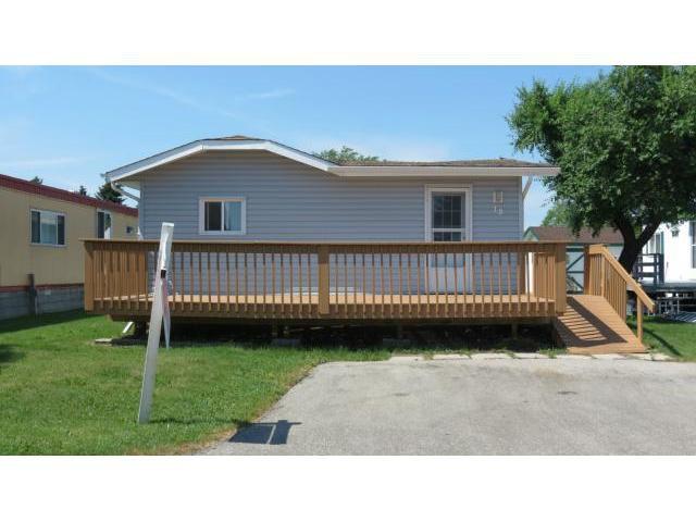 Main Photo: 19 Sunburst Crescent in WINNIPEG: St Vital Residential for sale (South East Winnipeg)  : MLS®# 1214223