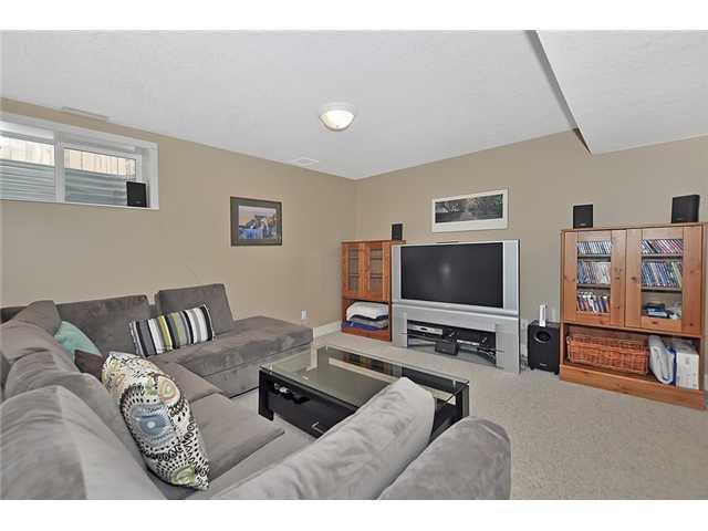 Photo 16: Photos: 1730 1 AV NW in CALGARY: Hillhurst House for sale (Calgary)  : MLS®# C3605924