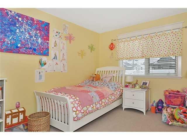 Photo 12: Photos: 1730 1 AV NW in CALGARY: Hillhurst House for sale (Calgary)  : MLS®# C3605924