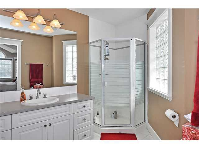 Photo 10: Photos: 1730 1 AV NW in CALGARY: Hillhurst House for sale (Calgary)  : MLS®# C3605924