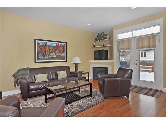 Photo 8: Photos: 1730 1 AV NW in CALGARY: Hillhurst House for sale (Calgary)  : MLS®# C3605924