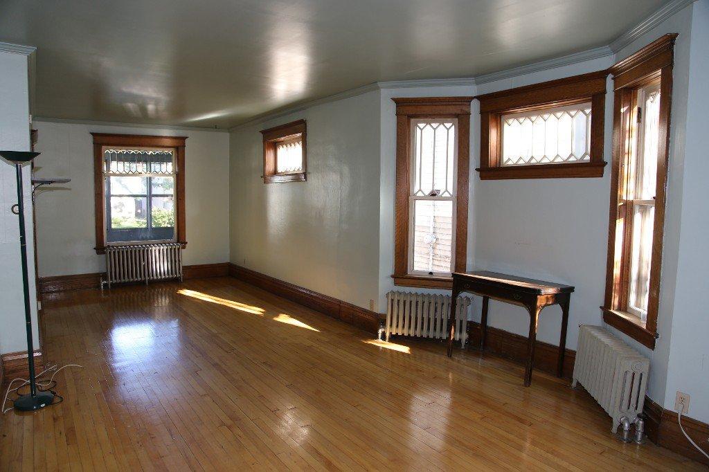 Photo 3: Photos: 46 Arlington Street in Winnipeg: WOLSELEY Single Family Detached for sale (West Winnipeg)  : MLS®# 1421796